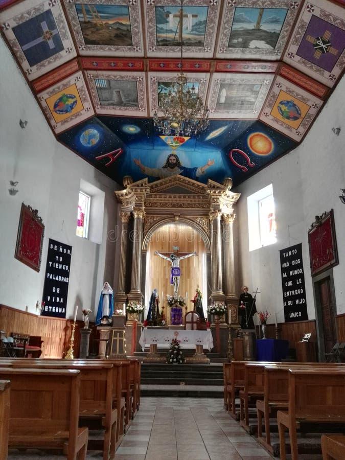 Eine Kirche in ¡ n Quirogas Michoacà stockfotografie