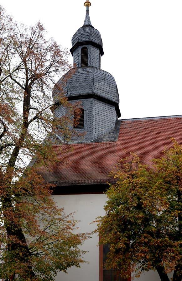 Eine Kirche in im Stadtzentrum gelegenem Kaiserslautern, Deutschland lizenzfreies stockfoto
