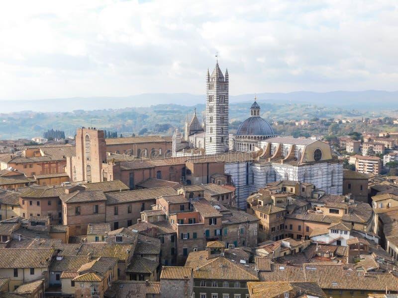 Eine Kirche in Siena, Italien stockfotografie