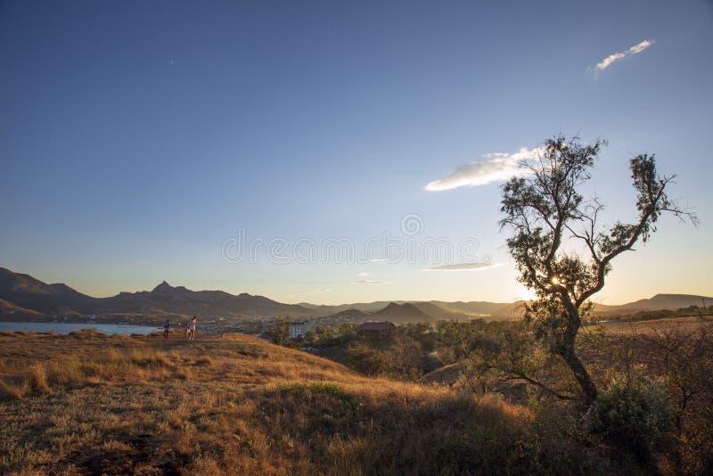 Eine Landschaft von Koktebel lizenzfreie stockfotos