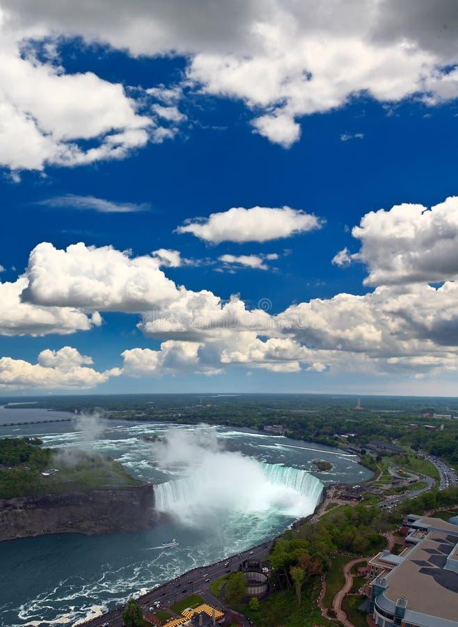 Eine Luftaufnahme des Niagara Falls lizenzfreie stockfotografie