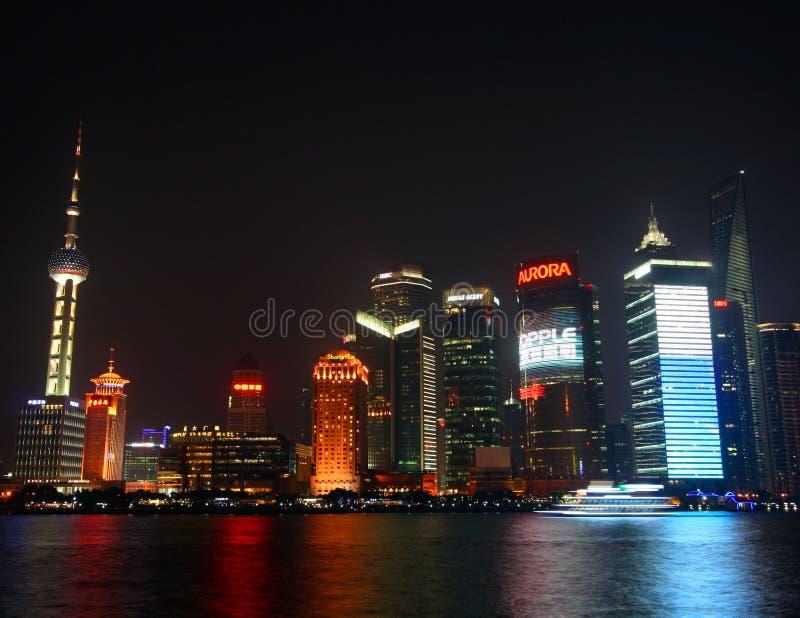 Eine Nachtszene von Pudong lizenzfreies stockfoto