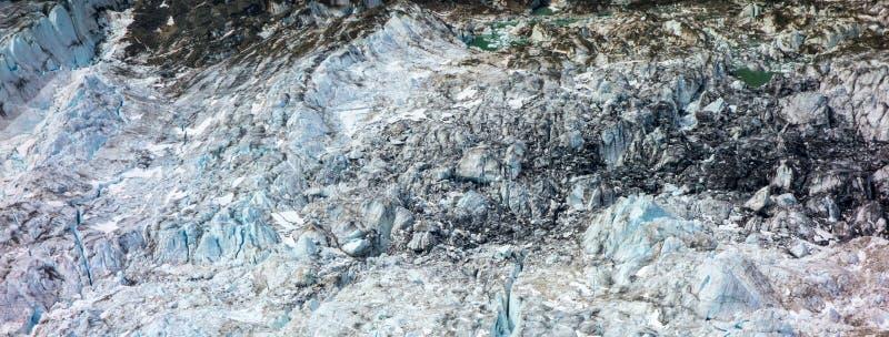 Eine Nahaufnahme des Gletschereises in Alaska stockbilder