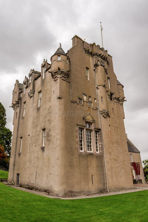 Eine nahe Ansicht von Crathes-Schloss nahe Banchory, Schottland stockfotos