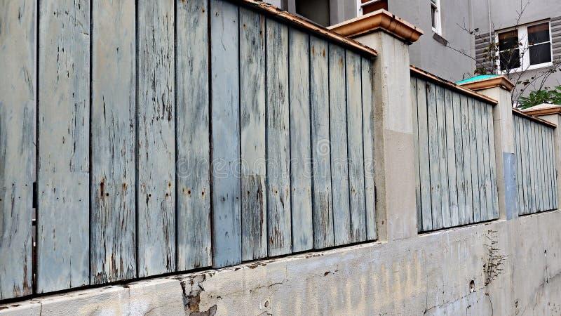 Eine Pastell farbige Hausmauer lizenzfreie stockfotografie