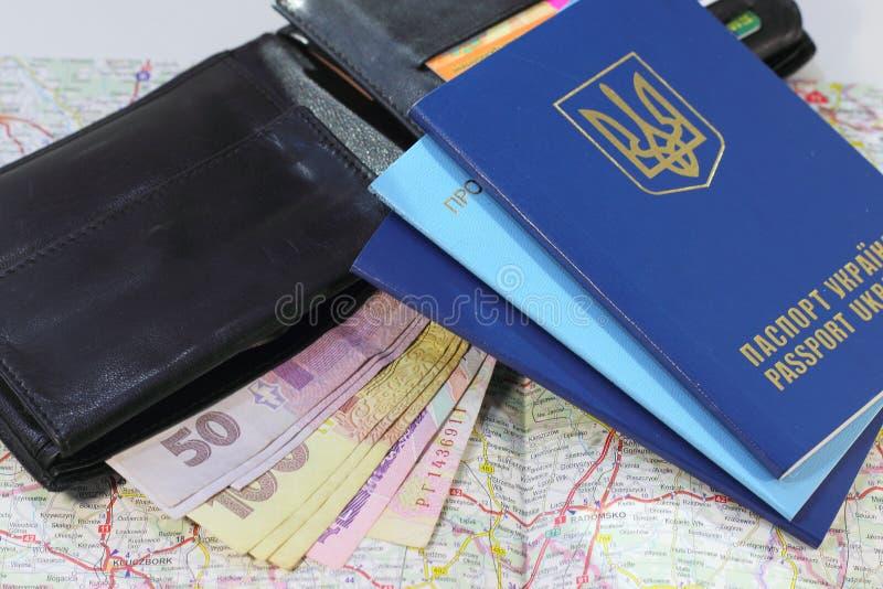 Eine Reise zu Europa mit Pässen lizenzfreie stockfotos
