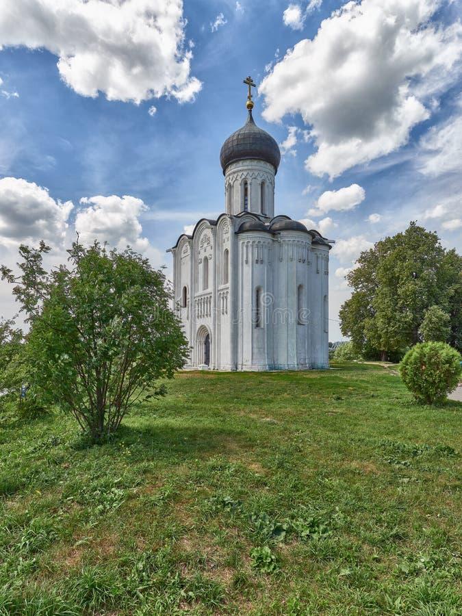 Eine Reise zum goldenen Ring von Russland, der Tempel auf dem Nerl lizenzfreies stockfoto