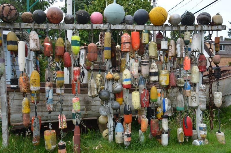 Eine Sammlung Fischernetz-Flöße, Seaview, Washington stockfotos