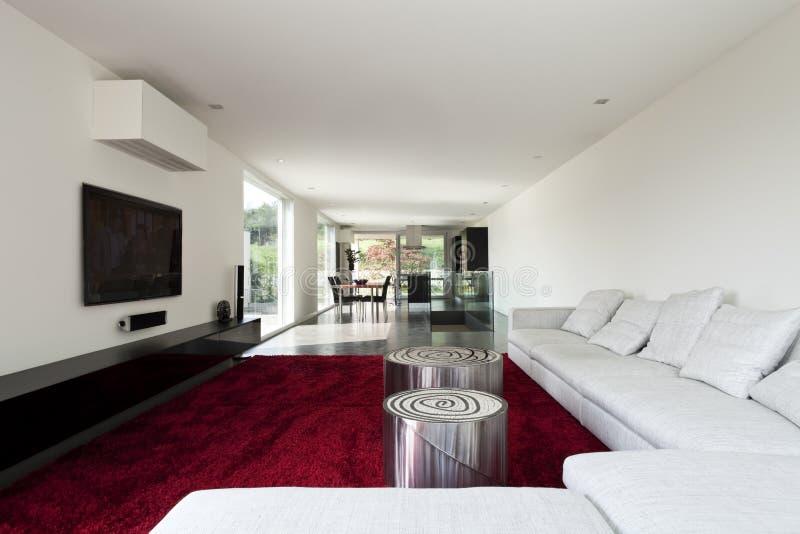 Eine schöne neue Wohnung lizenzfreies stockbild