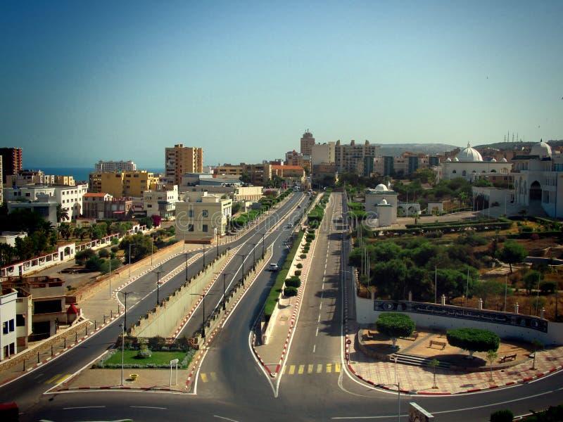 Eine schöne Stadt gelegen in Nord-schönen Gebäuden Afrikas lizenzfreie stockfotos