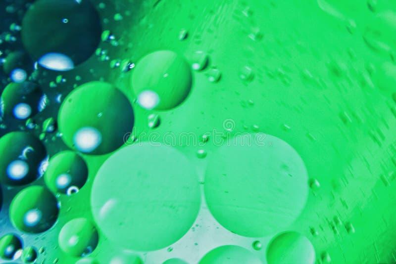 Eine schöne Wasser- und Ölkunst mit Acrylfarbenfarben in der Makrooriginalgröße stockfoto