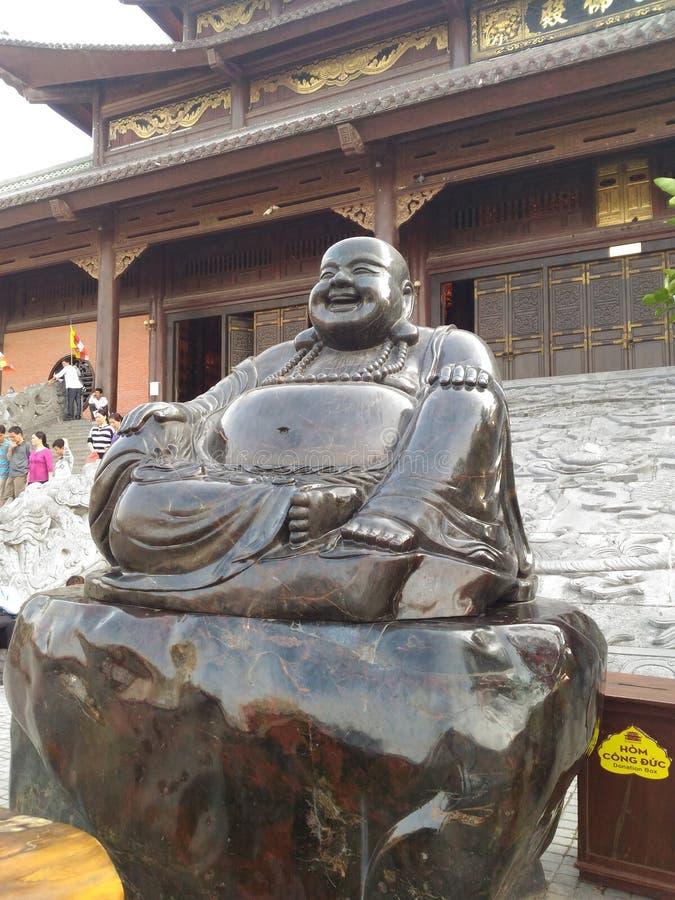 Eine Statue von Di Lac Buddha lizenzfreies stockfoto