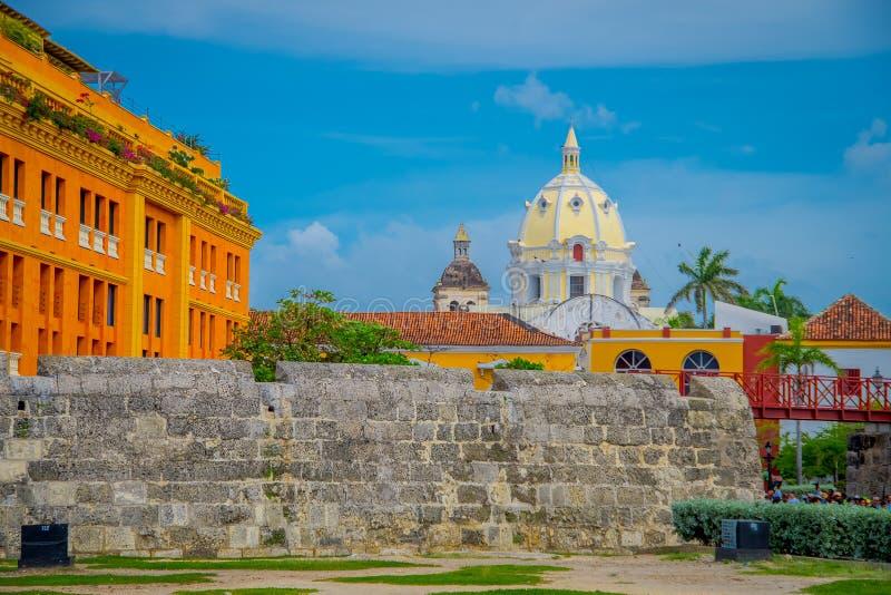Eine Steinmauer befestigend im Stadtzentrum von Cartagena lizenzfreies stockfoto