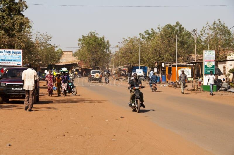 Eine Straße von Bamako stockfotografie