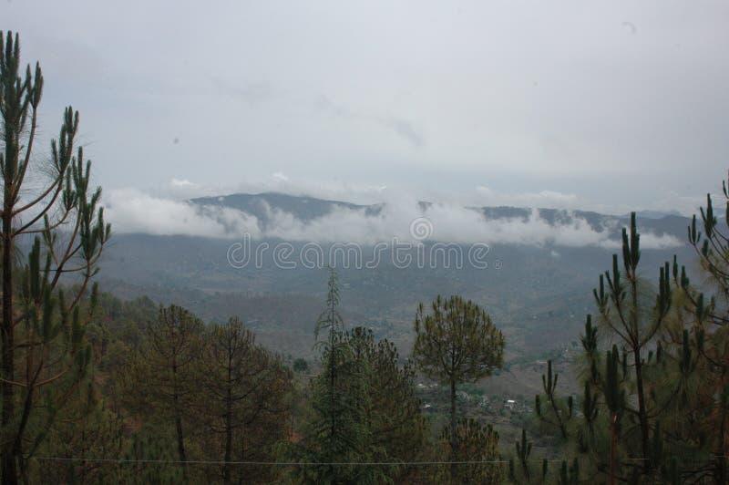 Eine szenische Ansicht von Almora, Kumaun, Indien lizenzfreies stockbild