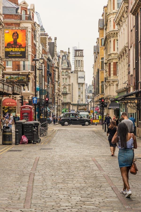 Eine typische Ansicht in London lizenzfreies stockbild