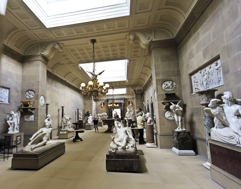 Eine ViewChatsworth Skulptur-Galerie, England lizenzfreie stockfotos