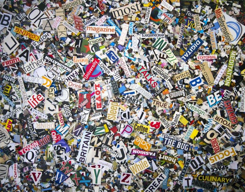 Eine Zufallsauswahl des Wortes schnitt von den alten Zeitschriften heraus lizenzfreie stockbilder