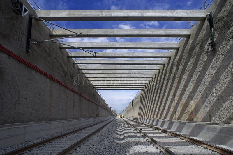 In einem Eisenbahntunnel stockfotos