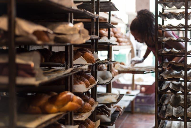 An einer Bäckerei in Kfar Saba stockbilder