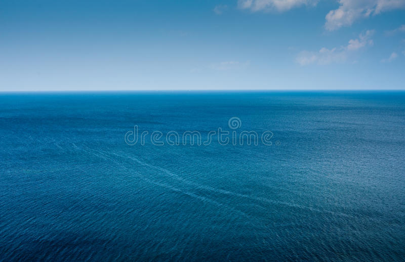 Einfacher Ozeanhorizont stockbilder