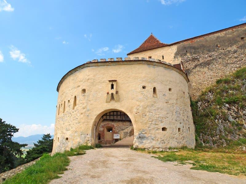 Eingang der mittelalterlichen Festung in Rasnov, Rumänien stockfotos