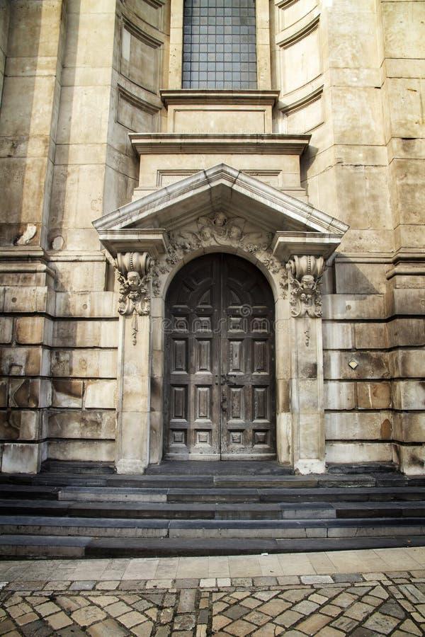 Eingang an der Rückseite von St. Pauls, Kathedrale London London, England, Großbritannien, am 1. September 2018 lizenzfreies stockfoto