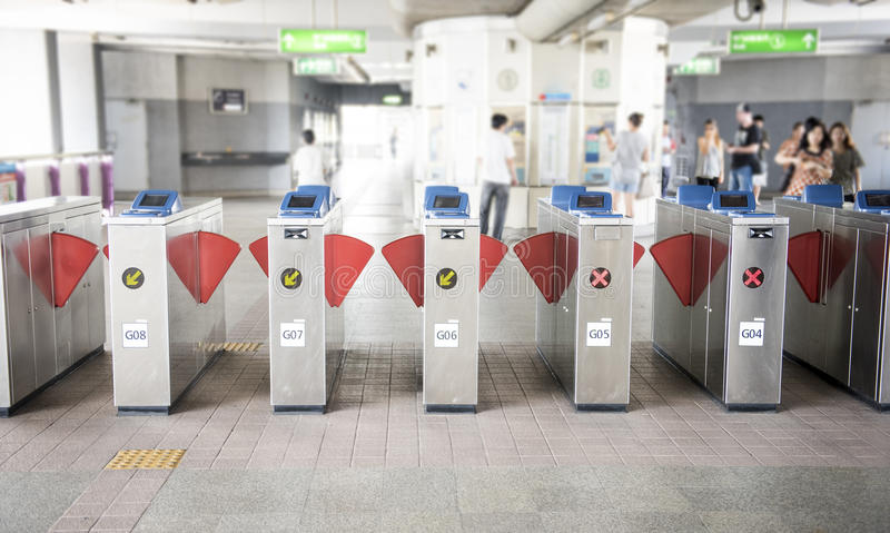 Eingang der U-Bahn stockbild