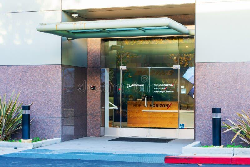 Eingang zu Boeing HorizonX, Boeing NeXt, Aurora Flight Sciences Bürogebäude in Silicon Valley lizenzfreie stockfotografie