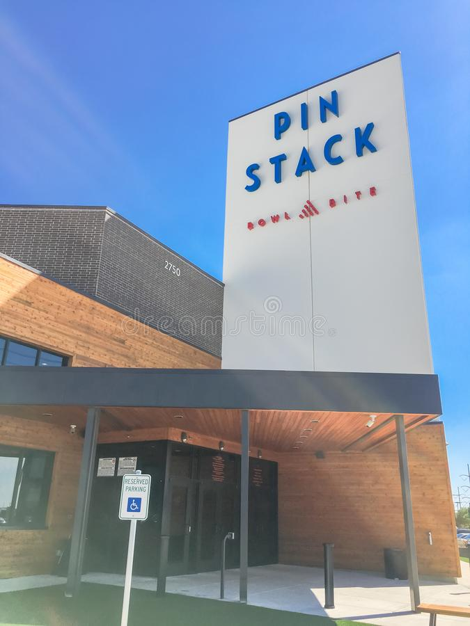 Eingang zu PINSTACK in Las Colinas, Irving, Texas lizenzfreies stockfoto