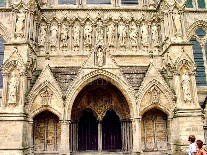 Download Eingang Zu Salisbury-Kathedrale, England Redaktionelles Stockbild - Bild von berühmt, kathedrale: 106803269