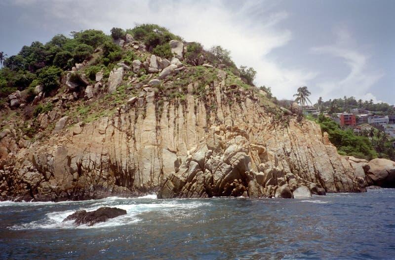 Eingang zum Acapulco-Hafen stockbilder