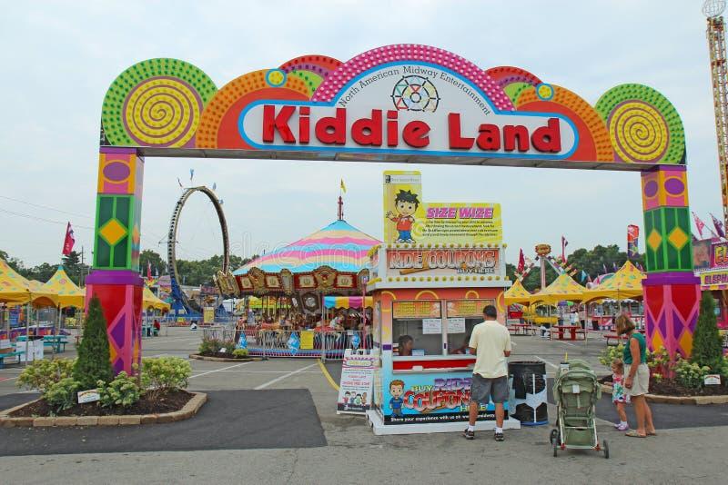 Eingang zum Kiddie-Land und Fahrten bei der Indiana State Fair herein I lizenzfreie stockfotos