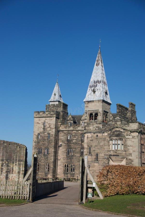 Eingang zum Schloss stockbilder