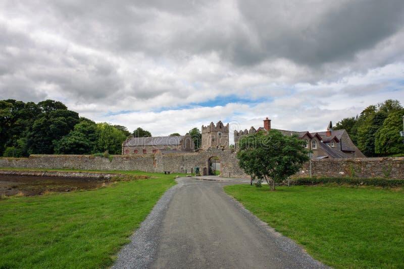 Eingang zum Schloss-Bezirk in Nordirland stockfoto