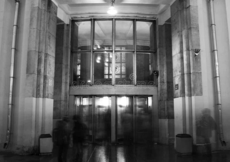 Eingang zur U-Bahn lizenzfreies stockbild