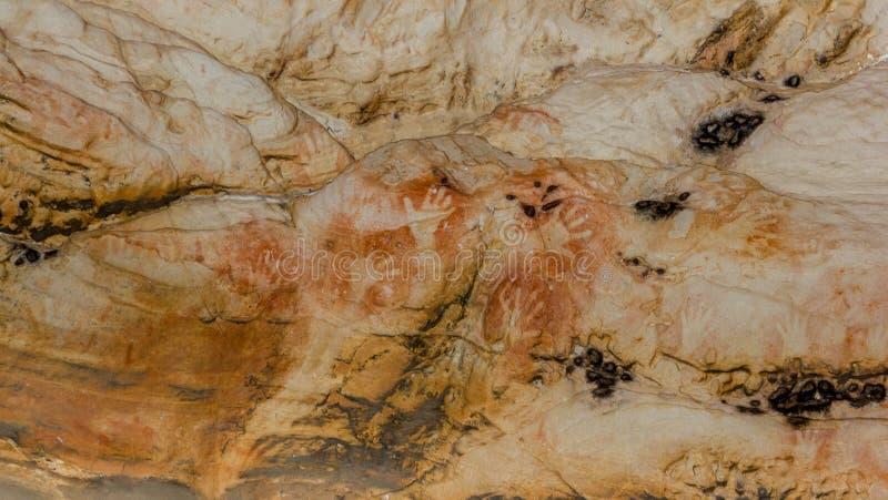 Eingeborene Kunst: Handabdrücke in einer Höhle, grampians Nationalpark lizenzfreies stockfoto