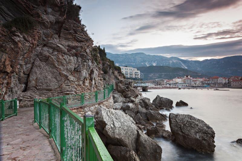 Eingezäunter Gehweg Montenegro stockfotos