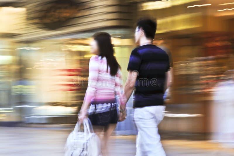 Einkauf in einem Mall stockfoto