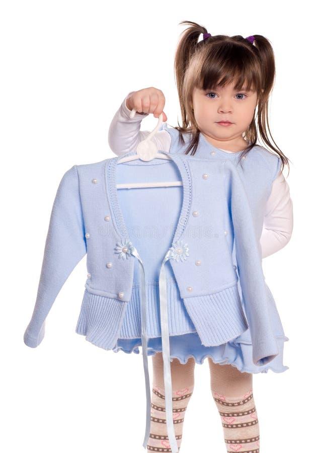Einkaufen des kleinen Mädchens lizenzfreie stockfotos
