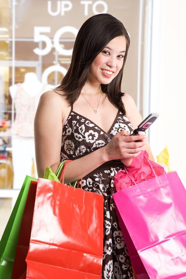 Einkaufenfrau stockbild