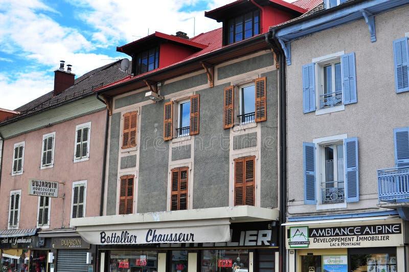 Einkaufsstraße, Sallanches, Frankreich stockbild