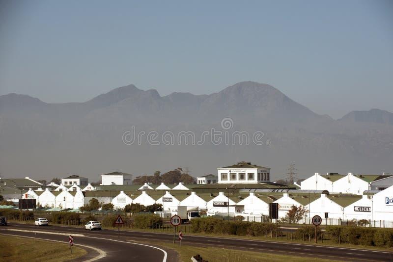 Einkaufszentrum bei Somerset West South Africa stockbilder