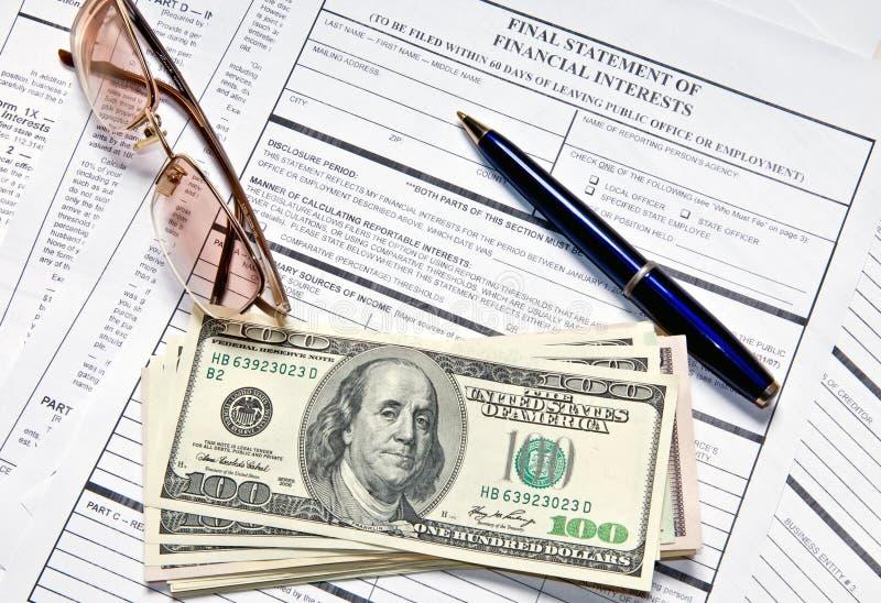 Einkommenssteuer-Formular stockbilder