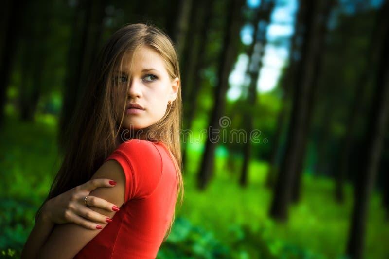 Einsame Frau stockfoto