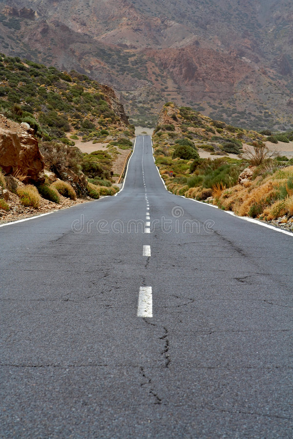 Einsame Straße lizenzfreie stockbilder