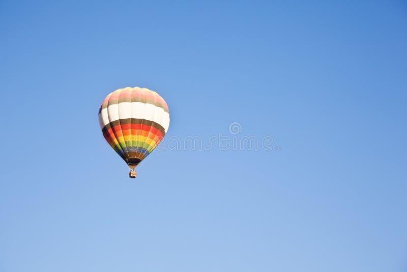 Einsamer Ballon stockbild