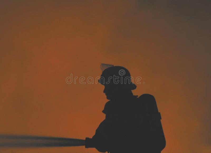 Einsamer Feuerwehrmann stockbilder