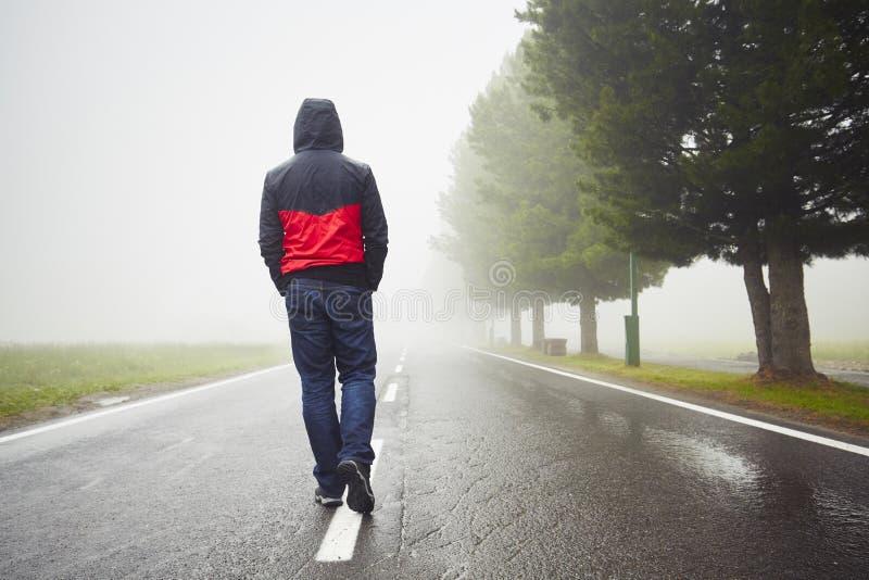 Einsamer Mann stockbild