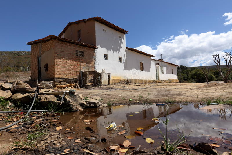 Einsames Dorf Queixo Dantas im Caatinga von Brasilien lizenzfreies stockbild